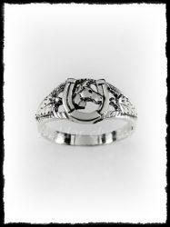 Arany lófejes patkó gyűrű