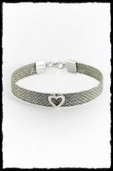 Saját lófarokból, ezüst szíves karkötő (9 mm)