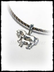 ezüst lovas medál kanca kiscsikóval