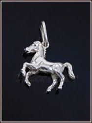 3 dimenziós kis ló medál ezüstből