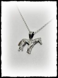 Kis tömör ló medál ezüstből vagy aranyból